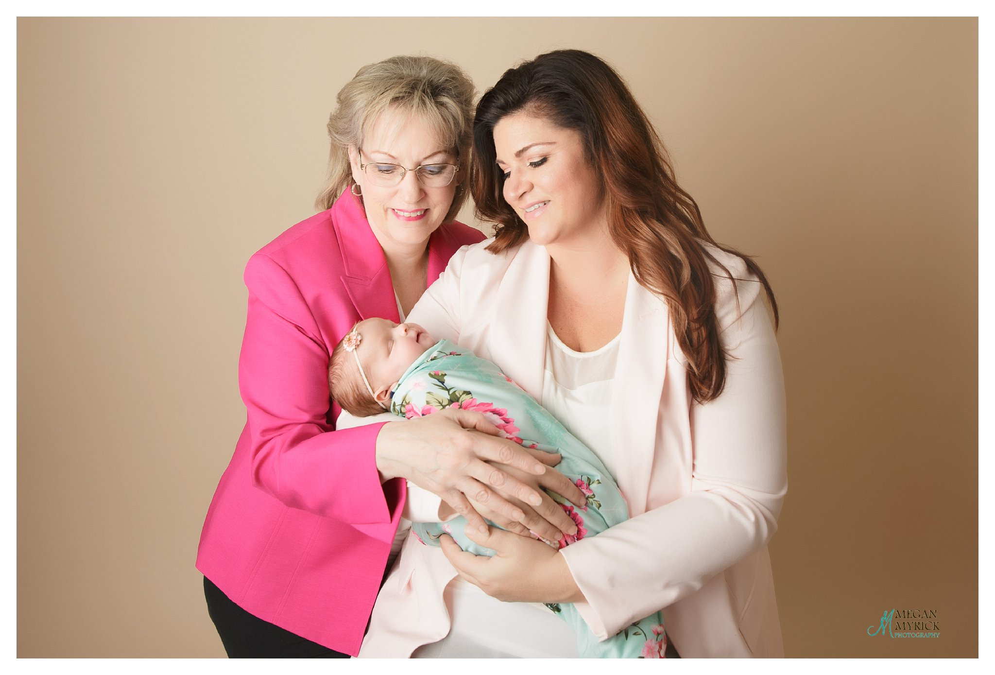 Hinesville Newborn Photographer | Megan Myrick Photography | www.meganmyrickphotography.com